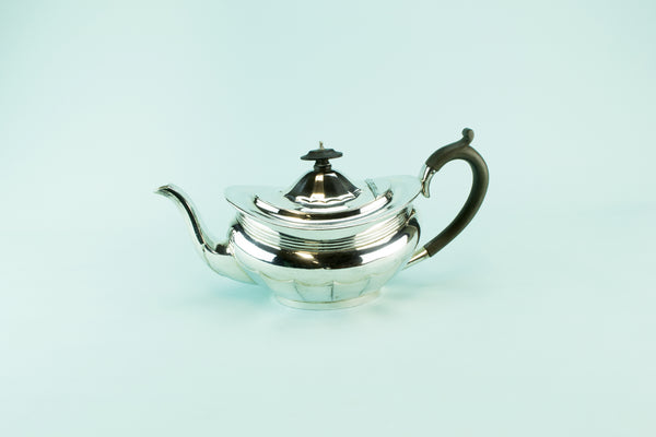 Large silver plated teapot, circa 1930