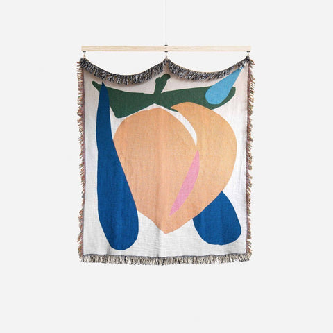 Juicy Peach Throw Blanket Bien Mal | Zirkuss