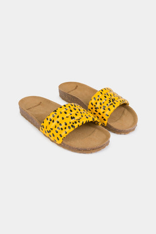 Schuhe, Shoes - All Over Leopard Sandals Spectra Yellow