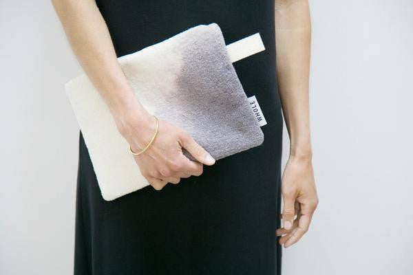 Woman - WHOLE Zipped Clutch