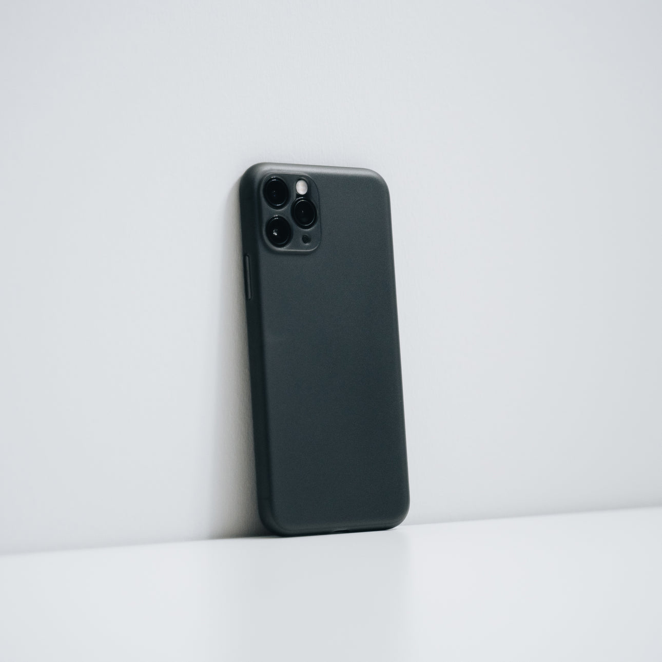 Super Thin iPhone Case for iPhone 11 Pro & Pro Max