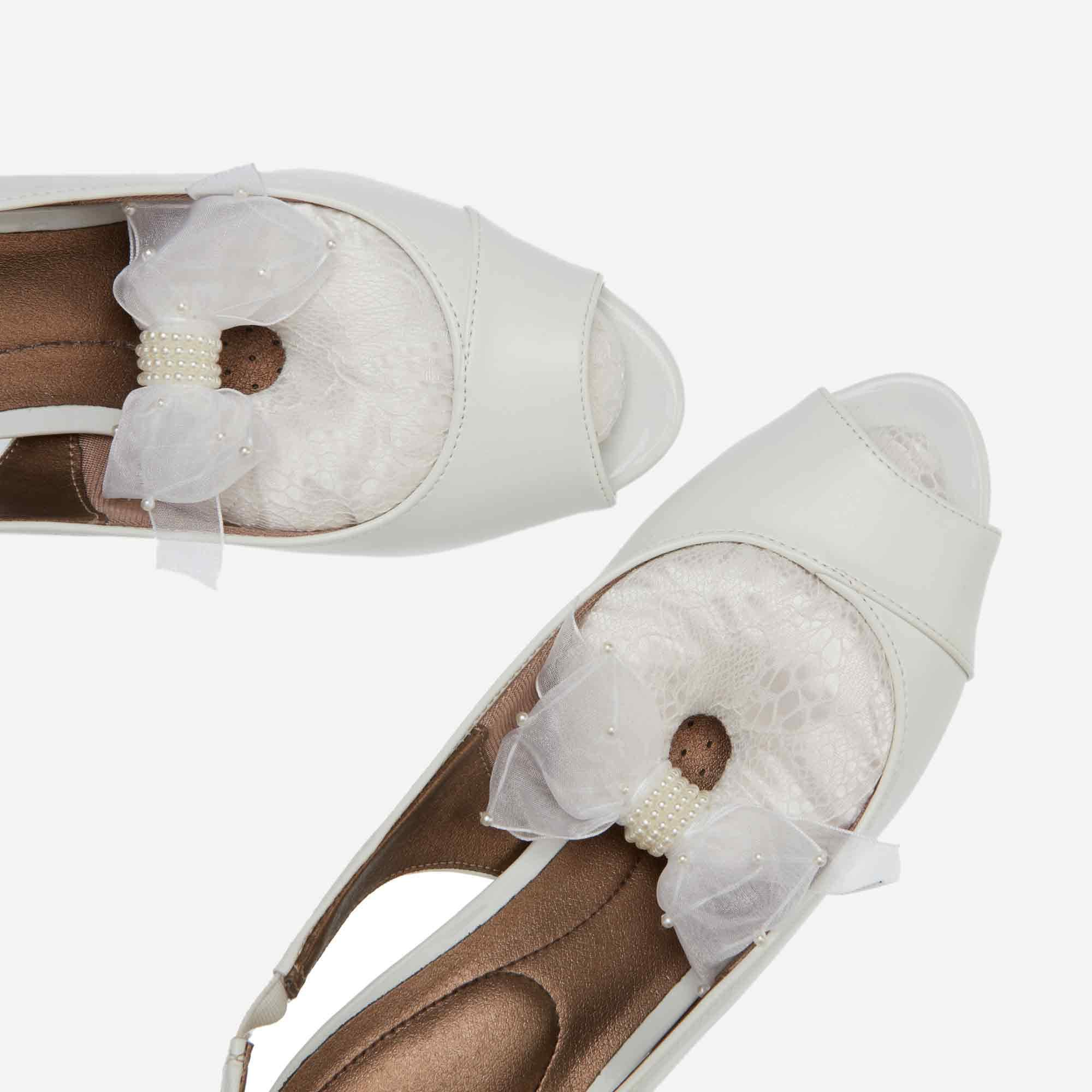 Classic White Lace Shoe Stuffers