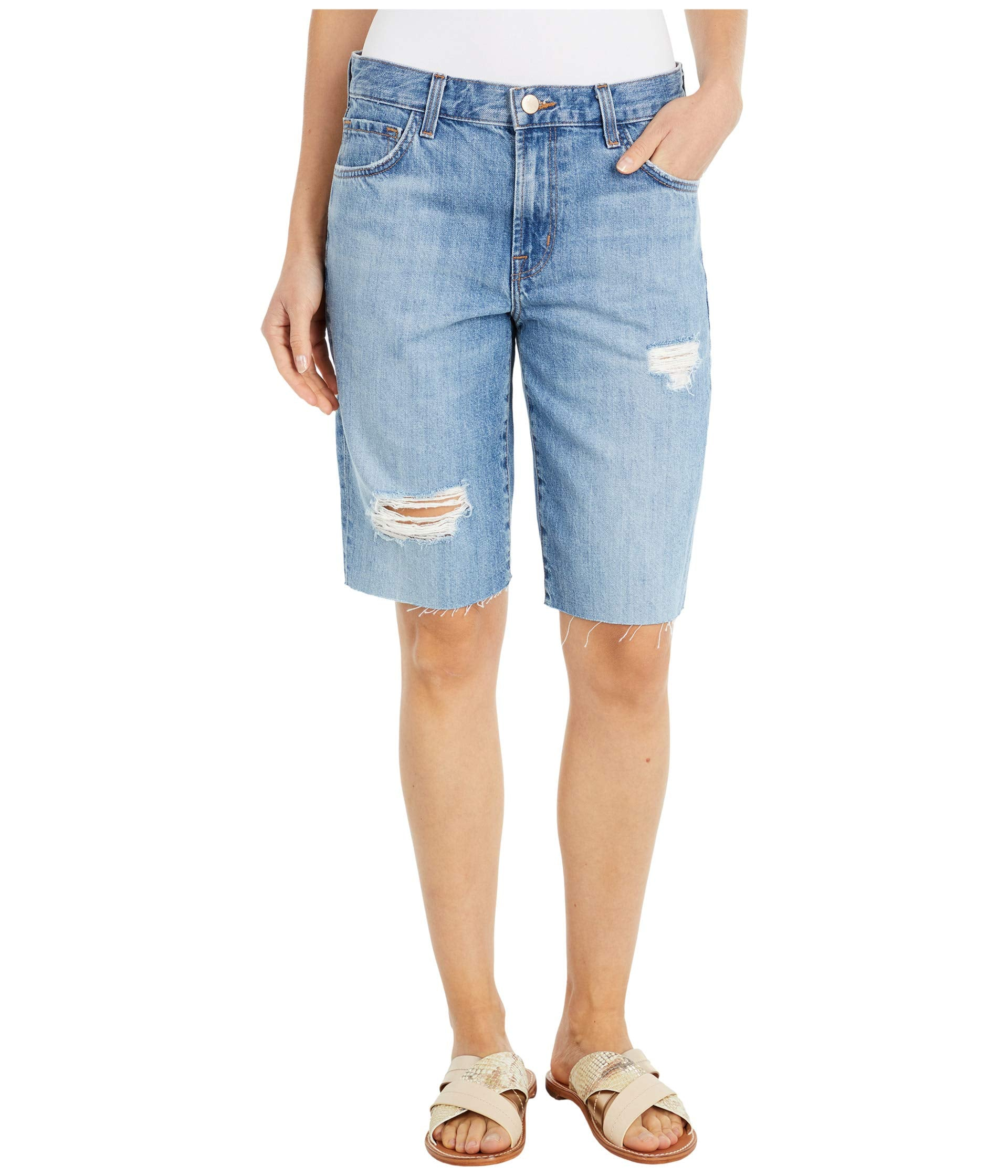 Relaxed Bermuda Shorts in Senska Destruct