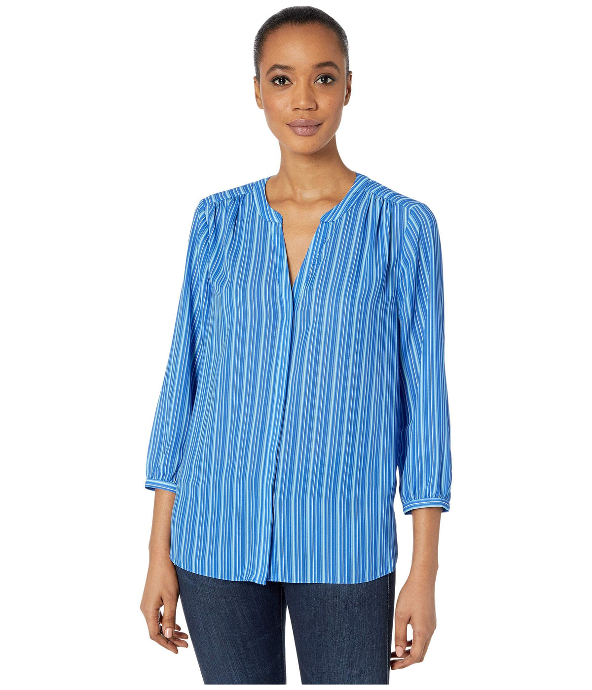 Blouse w/ Pleated Back