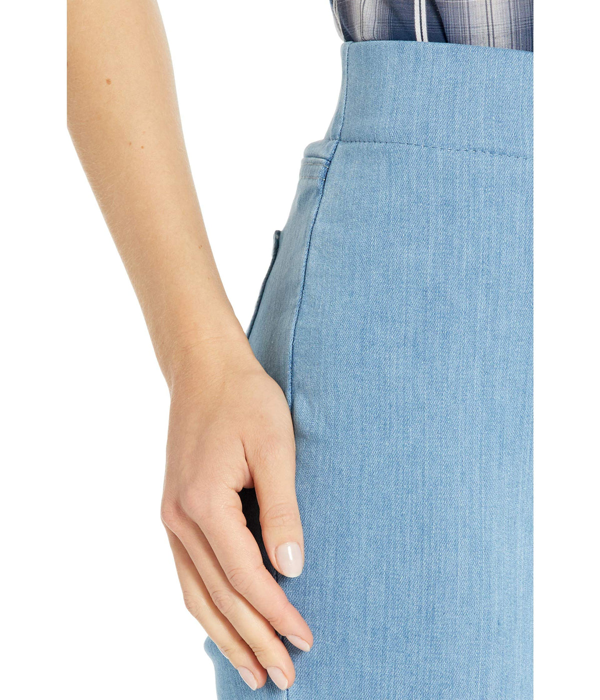 Pull-On Skinny Ankle Jeans with Side Slits in Belle Isle