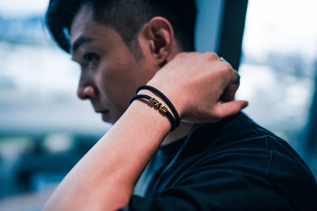 'XPX XPXVIII. DOUBLE LOOP BRACELET IN BLACK