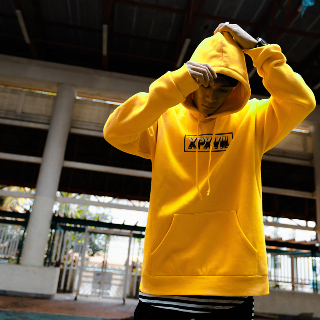 XPX BOX LOGO INNER FLEECE HOODED YELLOW SWEATER