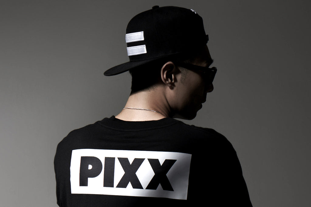 XPX WHITE BARS EMBROIDERY SNAP BACK