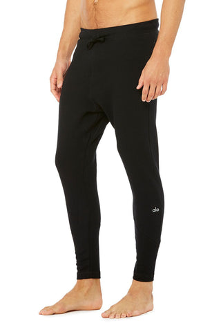 men Alo relaxed sweatpant black
