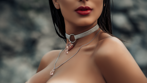 Choker Female