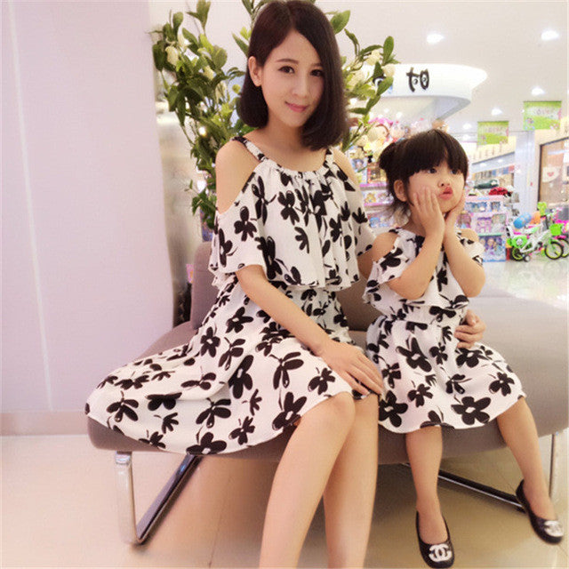 Mother daughter Sleeveless dresses