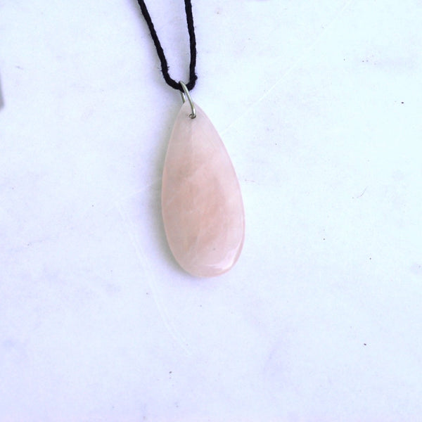 Rose Quartz Teardrop Neckace