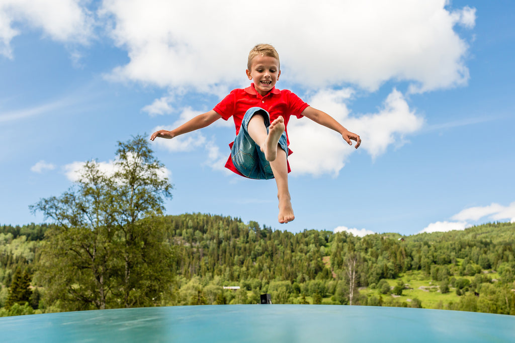5 Tips for Choosing the Right Trampolines