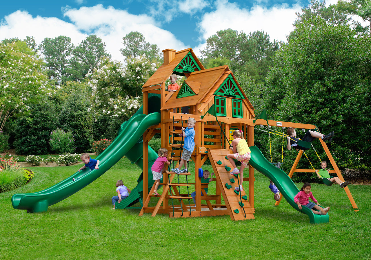 Gorilla Playsets Great Skye II Treehouse Swing Set w/ Amber Posts (01-0059-AP)