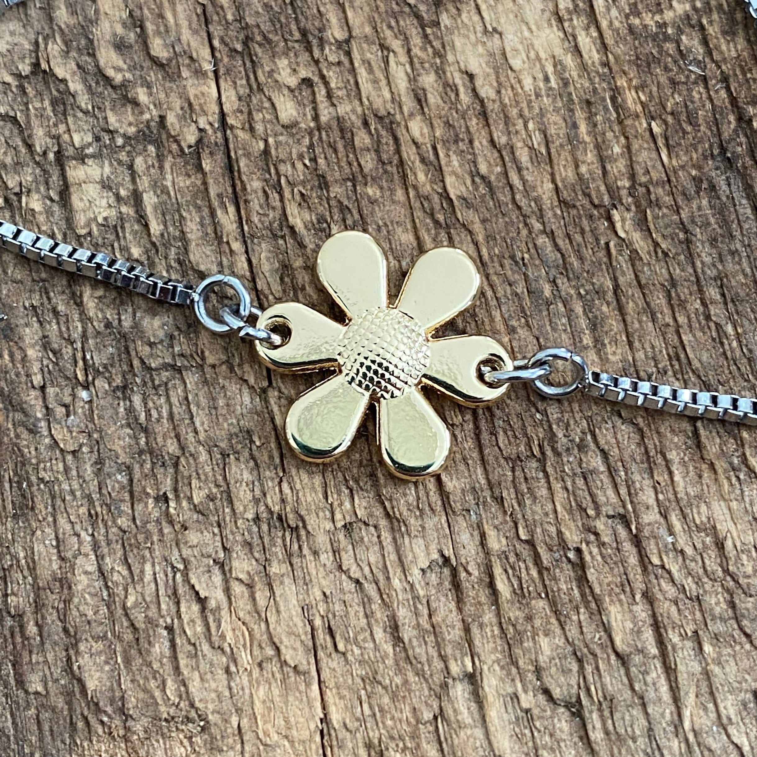 Adjustable Bracelet - Gold Flower
