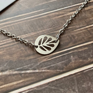 The Cutest Leaf Short Necklace (earrings sold separately)