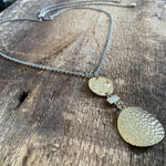 Adjustable gold hammered pendant necklace