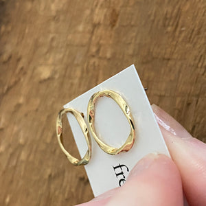 Stud gold ring earrings