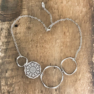 Filigree Hoop Bob Necklace silver