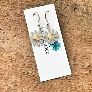 Daisy Earrings with gold center