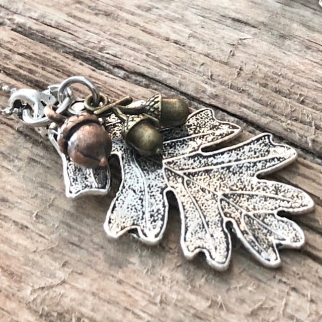 Oak Leaf and Acorns Pendant Necklace