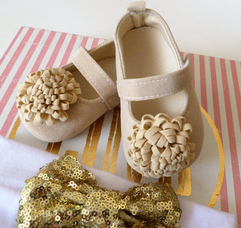Tan Baby Shoes-baby beige shoes-baby girl outfit,baby shoes, Mary Jane baby shoes, baby girl shoes,  Easter Baby Shoes, First Birthday shoes - Tiny Stars Boutique