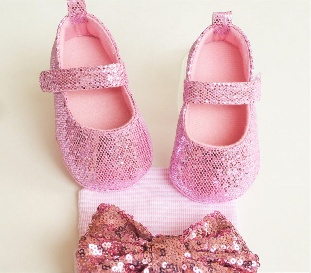 pink sparkly baby girl shoes tiny stars boutique