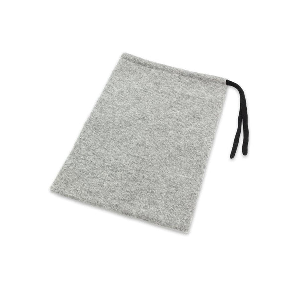 Jet&Bo 'B'air Essentials' Cashmere Travel Kit (Women's) Pouch