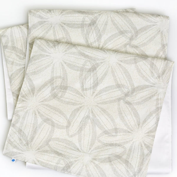 Sand Dollar Table Runner
