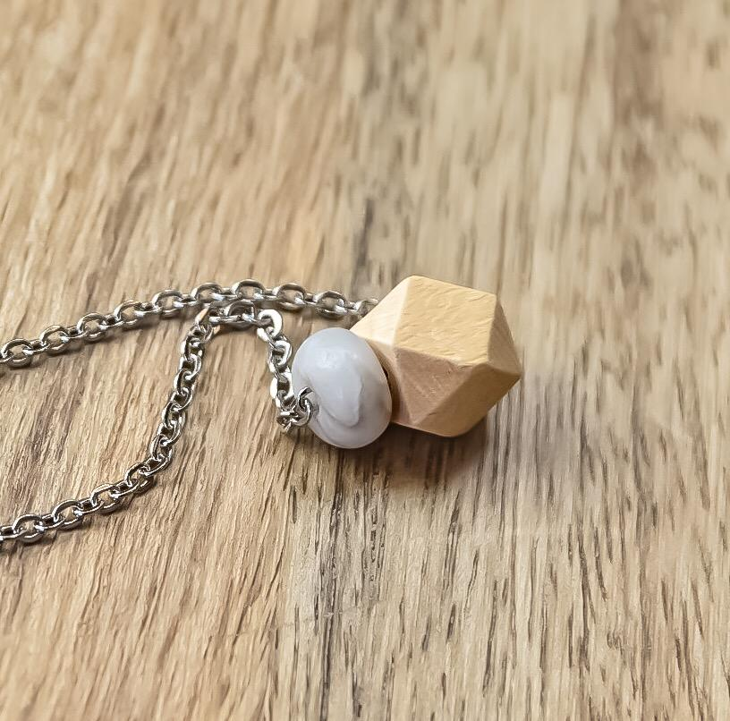 Minimalist Diffuser Necklace,Stainless, Wood, And Agate - Renewed Health Oils