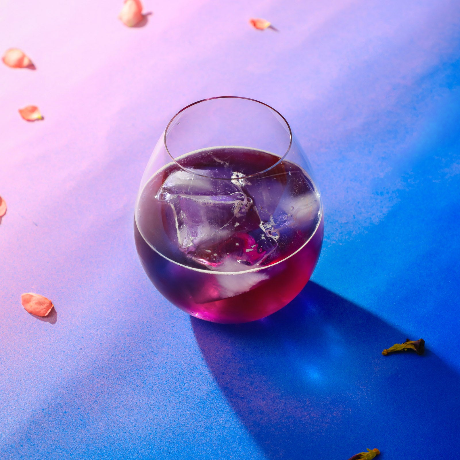 Color-changing rose cider