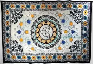 "72"" X 108"" Floral Triquetra Tapestry"