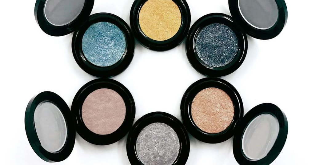 What We Love: Hotsy Totsy Metallic Eyeshadow