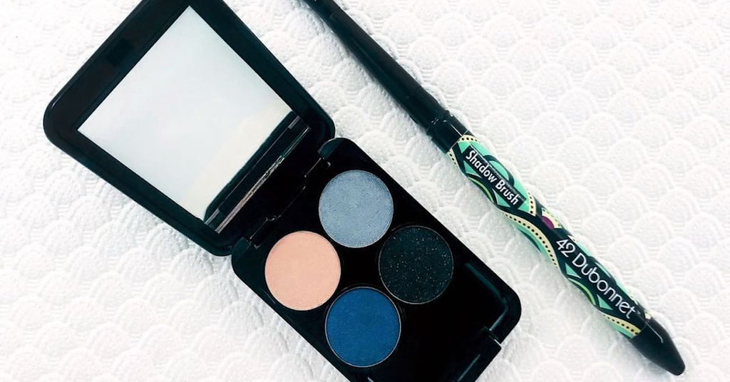 What We Love: Blue Frosted Smoky Eyes Mini Compact