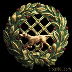 Pointer Christmas Wreath Brooch Pin