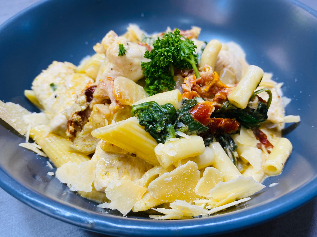 Chicken Pasta with Sun-dried Tomatoes and Spinach-frozen