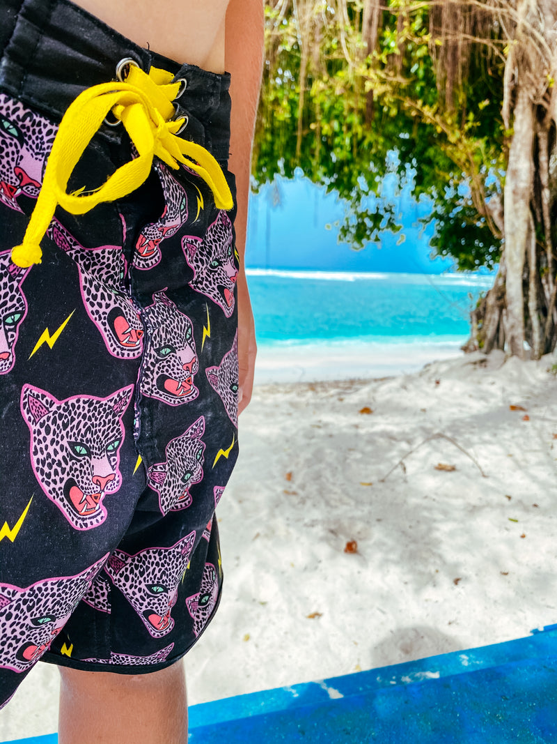Little Fella Rebels | Macan Tutul  Boardshort