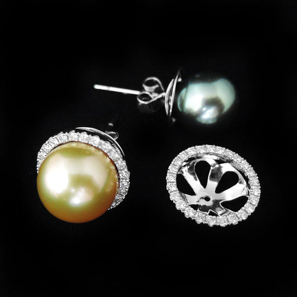 Pearl with Diamonds Earring in 22K Gold (ต่างหูมุก Gold & Black 2in1)