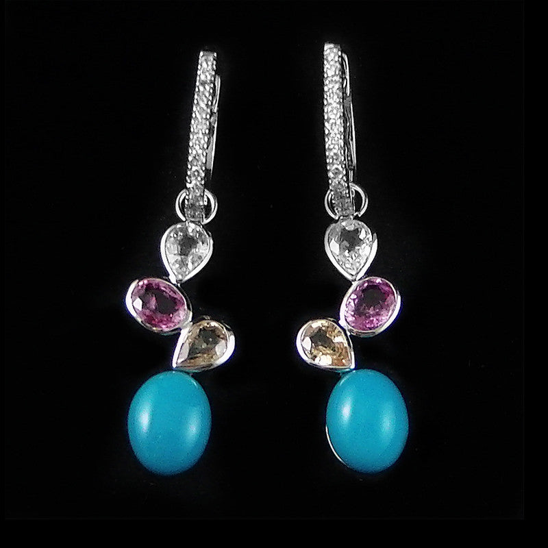Gems with Diamonds Earring in 22K Gold (ต่างหู Turquoise)