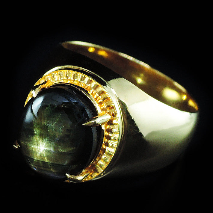 Black Star Ring in 22K Gold (แหวนทองคำ Black Star)
