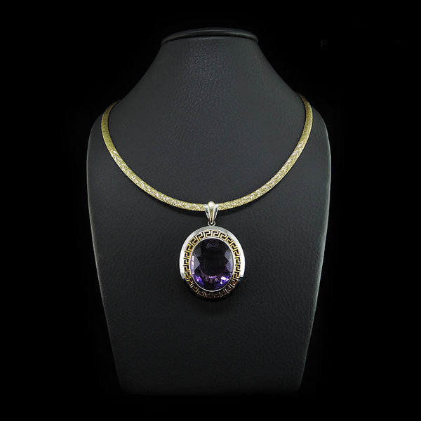 Amethyst Pendant in 22K Gold (จี้ Amethyst)