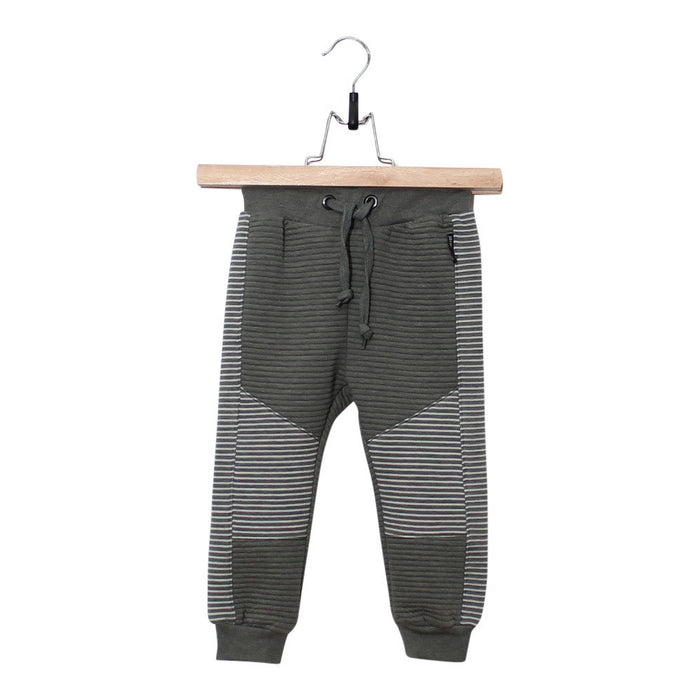 groen, green, jogger, joggings broek, boys fashion, kinder kleding, kids fashion, wit, white, green, lucky no.7, cool, stoer, pants,
