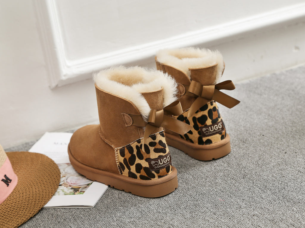 mini bow uggs