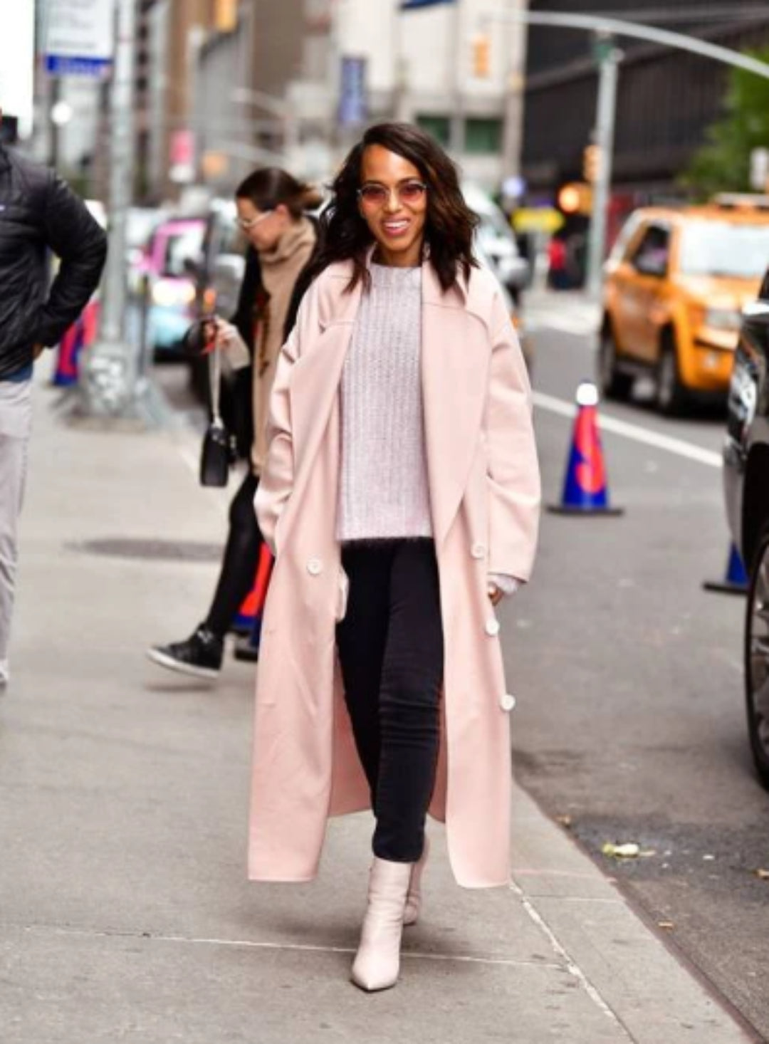 kerry washington wearing uggs