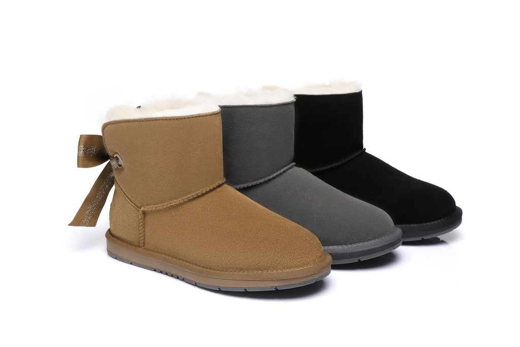 Winter Boots | Ugg (bow back)