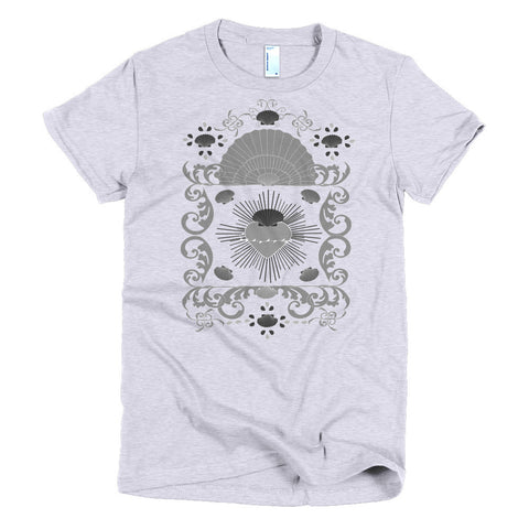 Baroque Shell and Hearts t-shirt