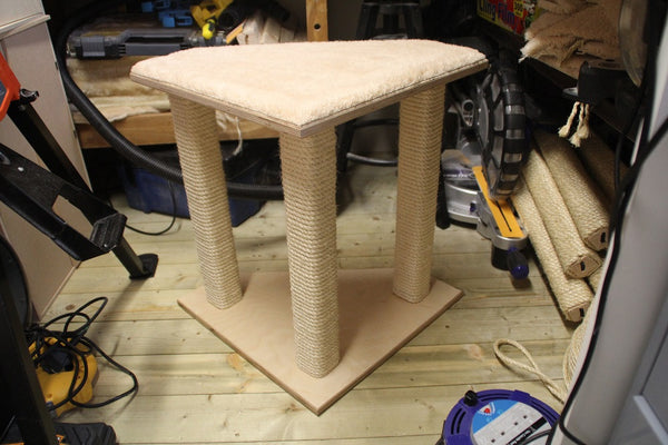 "3-post corner cat scratcher 18""x18""x19.5""(H)"
