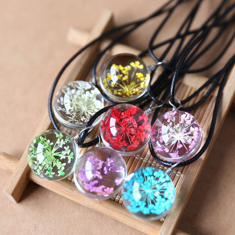 AMAZING DRIED FLOWER GLASS BALL PENDANT NECKLACE