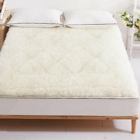 Image of Reversible Wool Underlay Mattress Topper - 1,000GSM