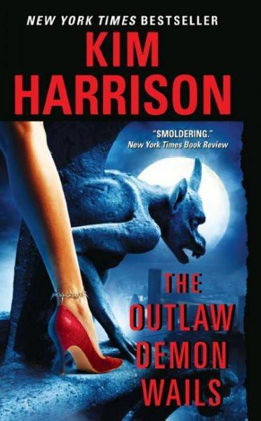 The Outlaw Demon Wails (The Hollows)